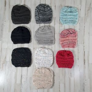 Accessories - !*Choose 2*! Ponytail / Messy Bun Toboggan Beanie